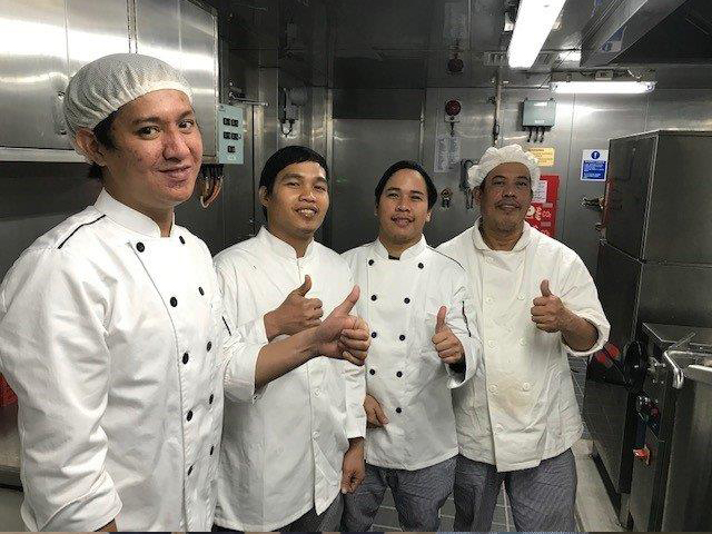 The Catering team of LNG Dubhe